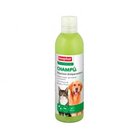 Champu repulsivo antiparasitario para perros y gatos